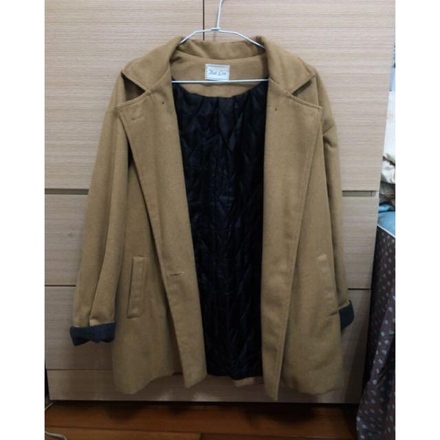 駝色繭型大衣外套