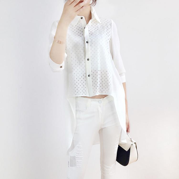 上衣-白色前短後長鏤空襯衫