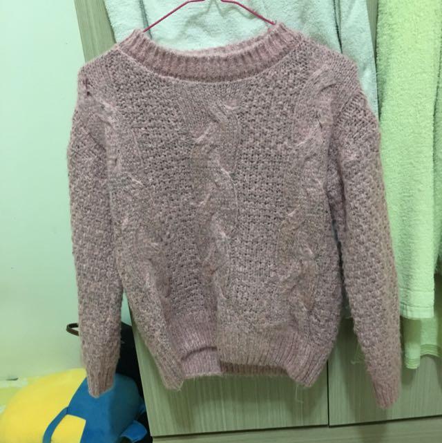 粉色麻花針織上衣