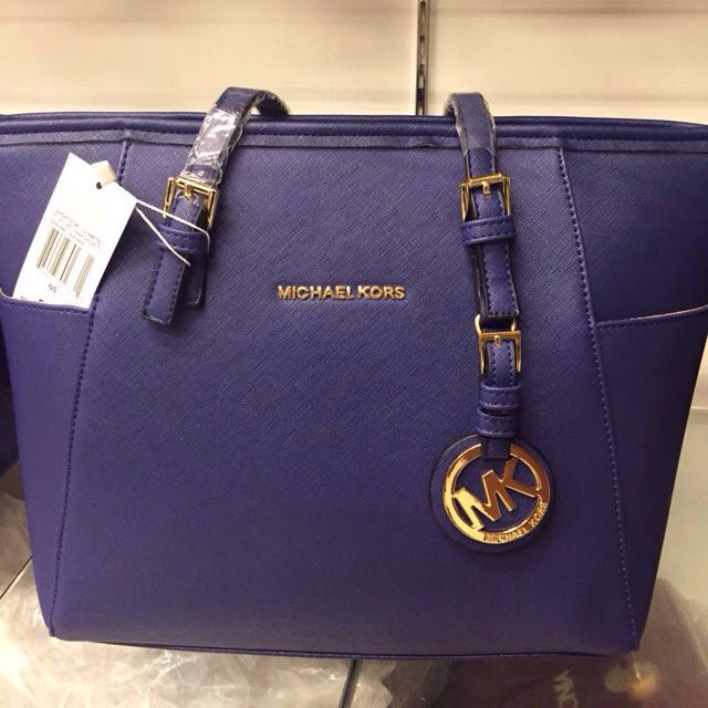 2f19e6b03819 AAA Grade Michael Kors Bag, Women's Fashion, Bags & Wallets on Carousell