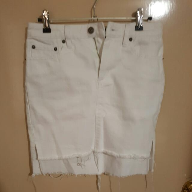 Bardot White Denim Skirt, Size 8, Never Worn
