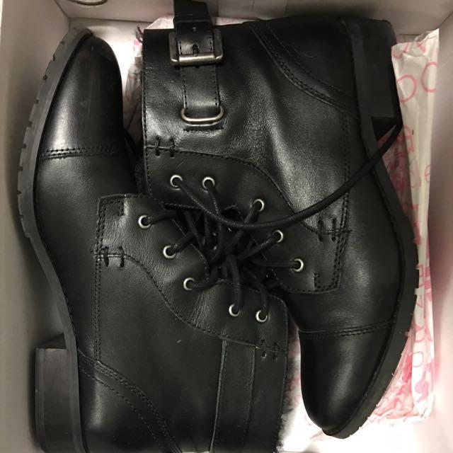 Black Combat Boots Size 8