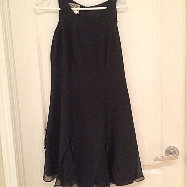 Breezy black dress