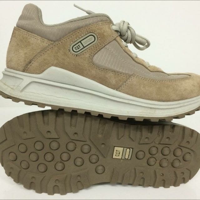 Cat Leather Shoes Runners Size 7 US