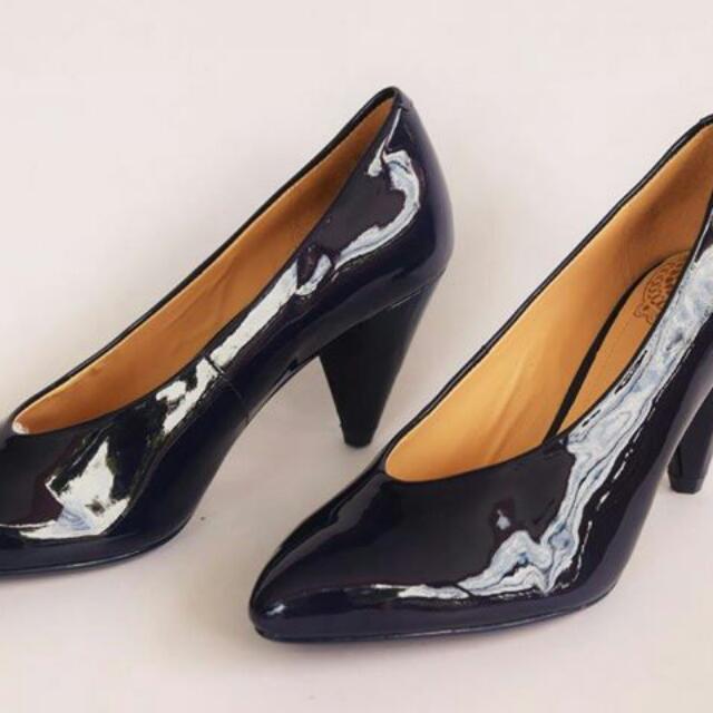 6008a5f30e5ab Clarks Shoes Size 4 15 Women S Fashion On Carou