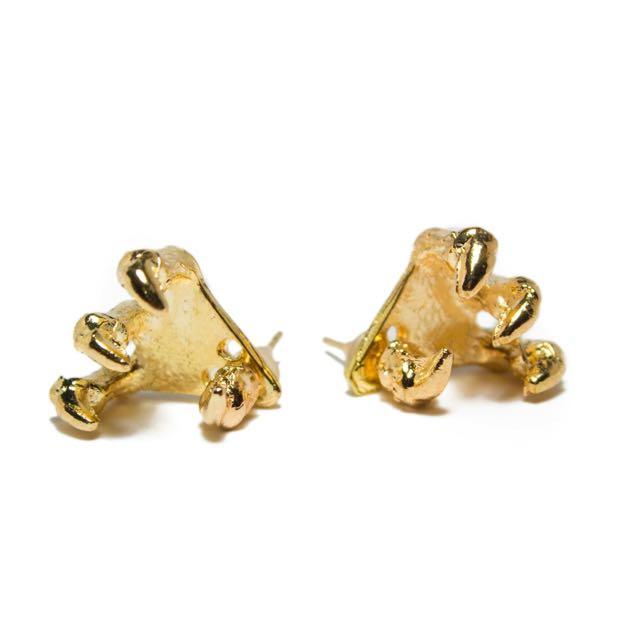 PRICE DROP ✨Claw Stud Earrings