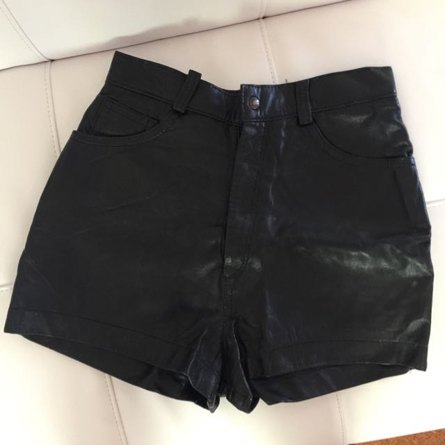 High Waist Black Leather Shorts. Size 6-8