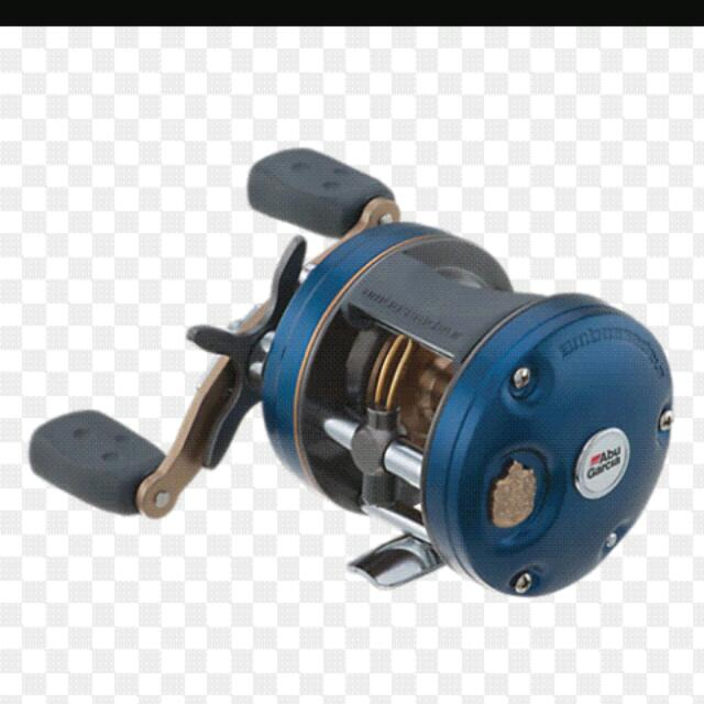 Light slow jigging combo...jig weight up to 80g. Reel Abu garcia 4600 C4 with jigging handle and Goldenmean slow dancer saltwater custom rod. Price Negotiable.