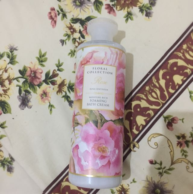 NEW Marks and Spencer Rose Foaming Bath Cream