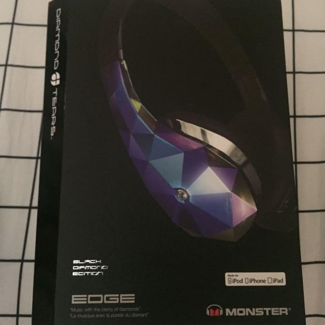 MONSTER DIAMOND TEARS - BLACK DIAMOND EDITION HEADPHONES