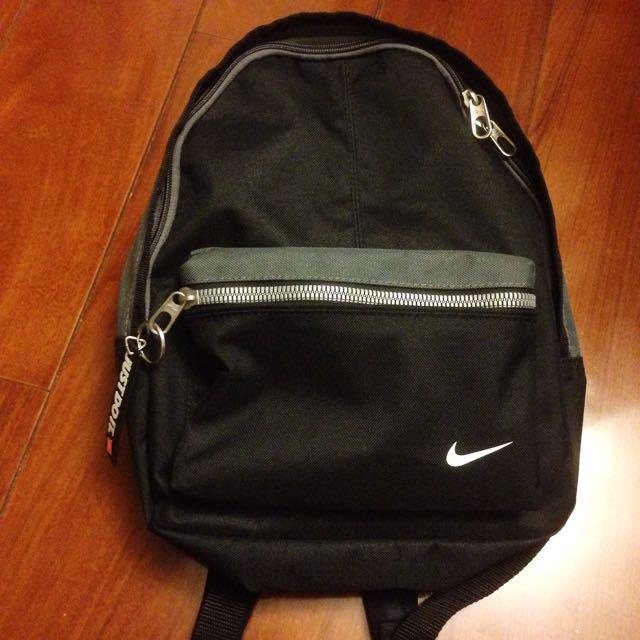 (全新)Nike 黑色 後背包