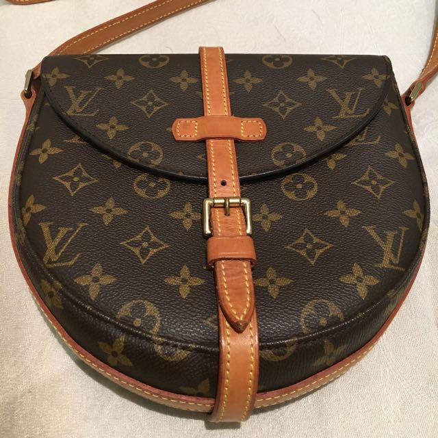 Pre-loved Authentic louis Vuitton