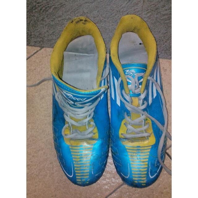 Sepatu Futsal Size 41