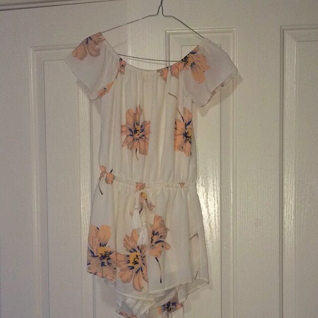Size small Off The Shoulder Playsuit
