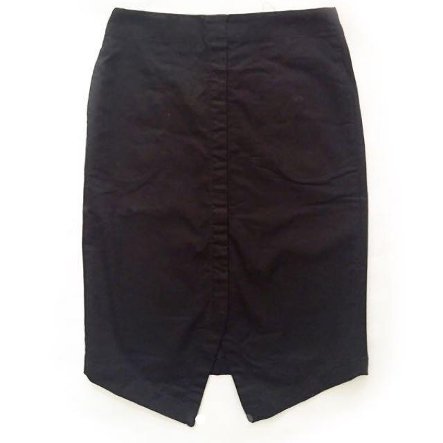 The Executive Black Pencil Skirt ( S)