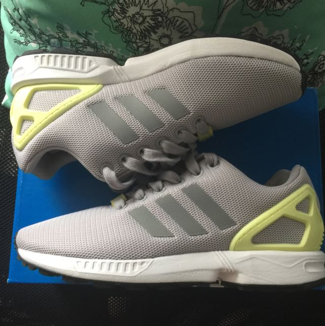Zx Flux Adidas Sneakers