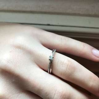 10k White Gold Diamond Ring