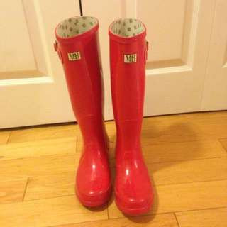 M&B Red Rubber Boots
