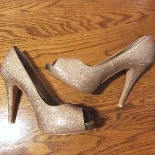 Gold Glitter Heels Size 9