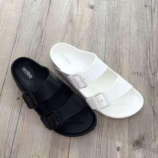 Walk極輕台製雙釦拖鞋