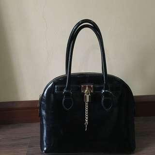 Aldo Glossy Black Handbag