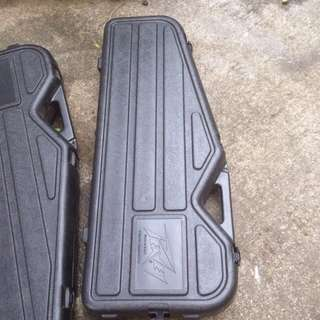Peavey Guitar Molded Case