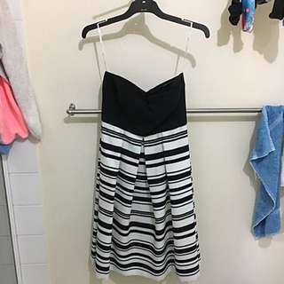 Pilgrim Size 10 Dress