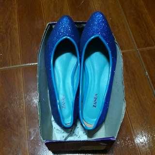 zanea blue glittered shoes size 7.