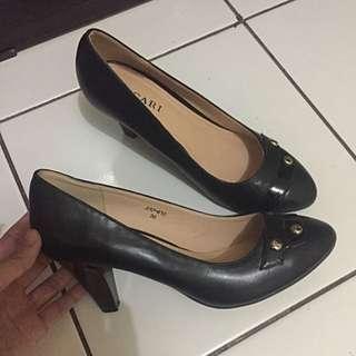 Vigari Shoes (Sepatu kantor)