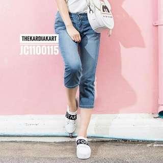 JC1100115 Women's Capri Jeans