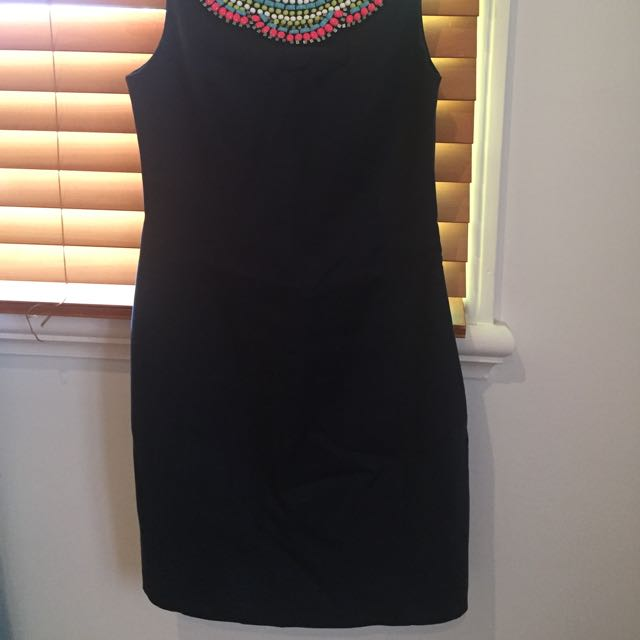 2x Forever New Dresses Size 8