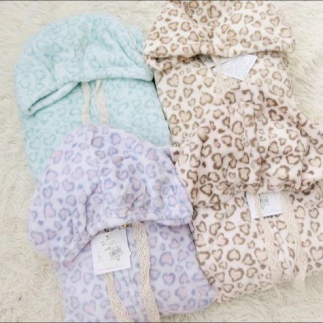 ✨❣️日系🎀出口日本🔻外貿原單日系毛絨愛心豹紋長袖短褲家居服睡衣套裝🌟