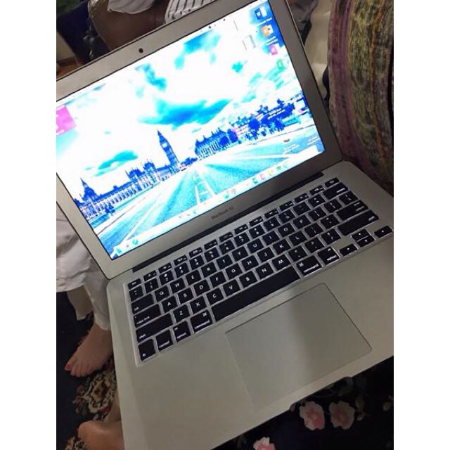 Apple MacBook Air - 13 inch 2014
