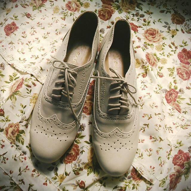 Cole Vintage Oxford Shoes