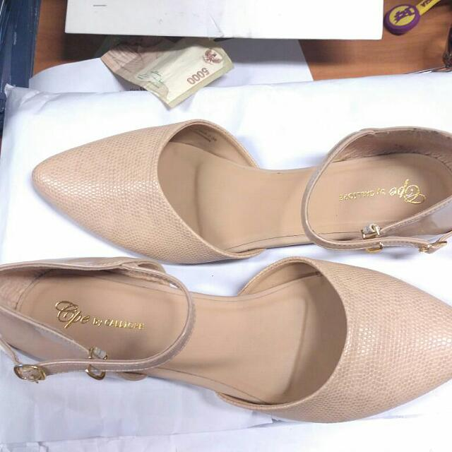 Feminin Flat Shoes