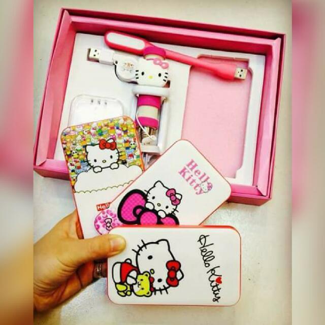 Hello Kitty Powerbank (5 in 1 set)
