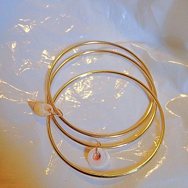 Seashell Bracelet Bangle