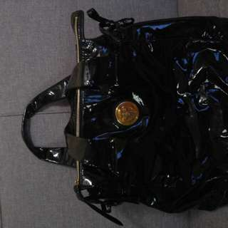 Authentic Large Gucci Black Patent Leather Shopper Hobo Tote