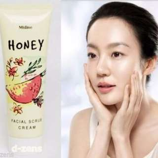 Mistine Honey Facial Scrub Cream