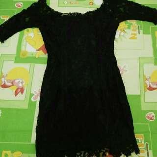 Dress Lace Hitam