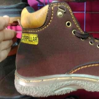 Sepatu Cwok Safety