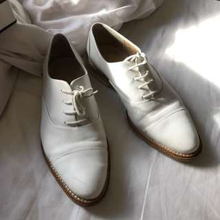 Trenery White Brogues Size 40