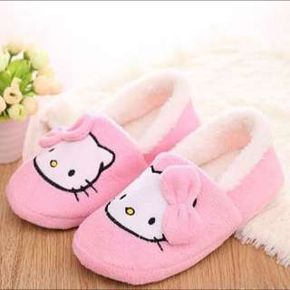New Hello Kitty fit size 8-9