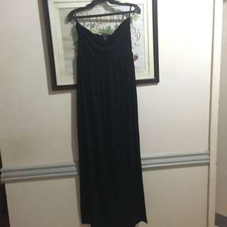 Pre-loved Forever21 Black Maxi Dress