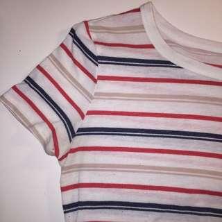 Red n blue striped t-shirt 😇