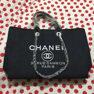 Chanel Tote Large