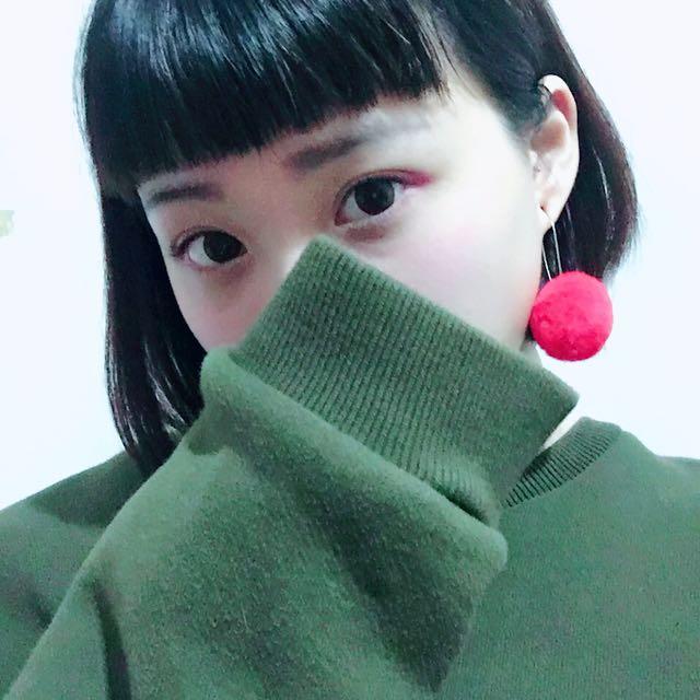 超可愛毛球耳環( •ꙍ•́ )✧