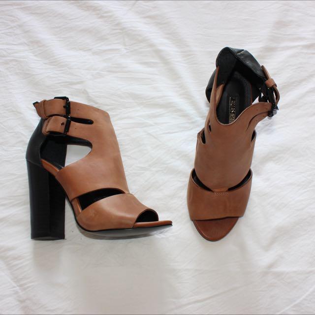 Alias Mai Shoes