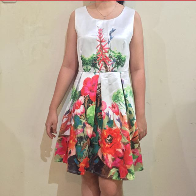Bangkok Flower Dress