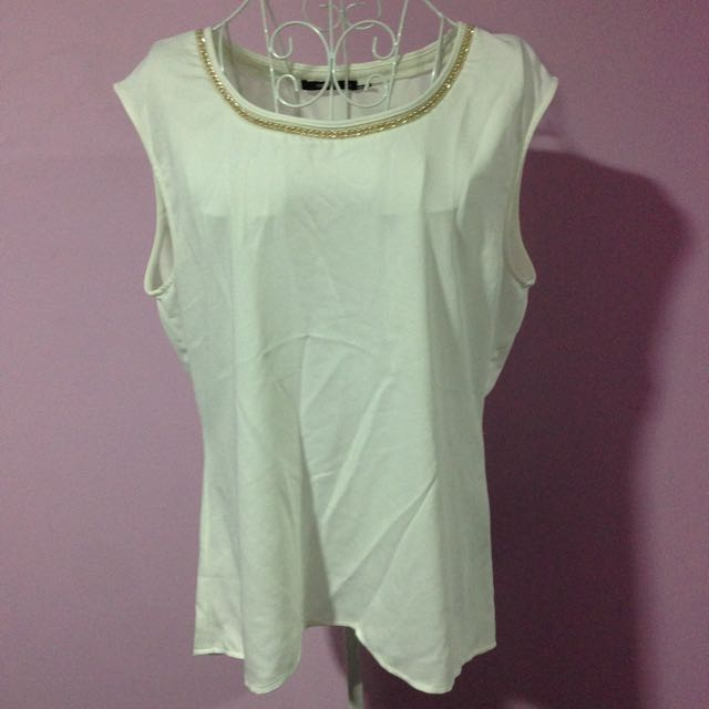 Events White Top With Gold Chain - Size 14